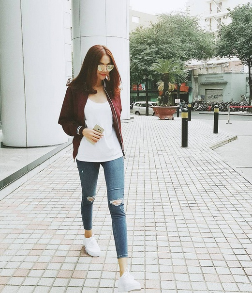 Thanh Hang mix sneaker kheo leo the nao? hinh anh 6