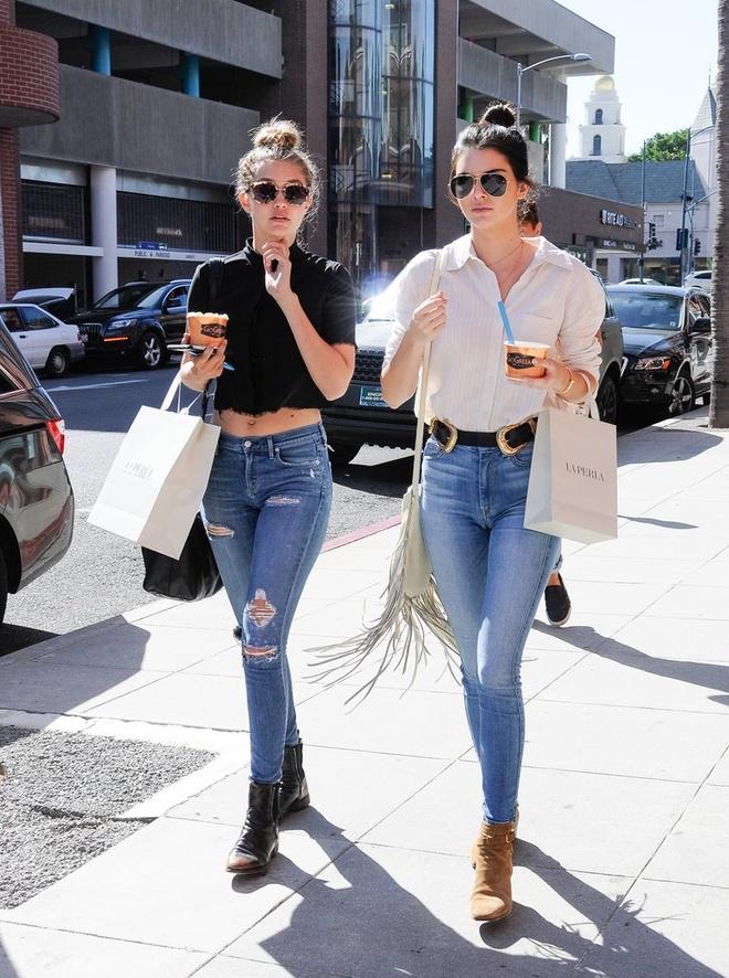 Thoi trang tuong dong cua Gigi Hadid va Kendall Jenner hinh anh 9