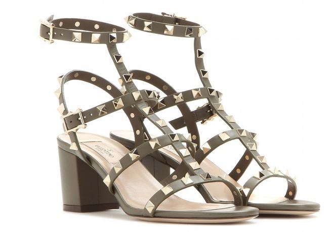 Doi sandals dat do khien nhieu sao Viet yeu thich hinh anh 8