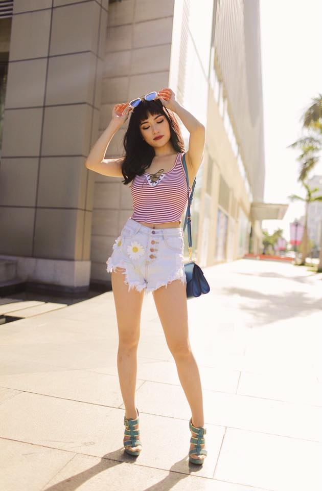 Si Thanh goi y cach mix ao crop top hinh anh 14