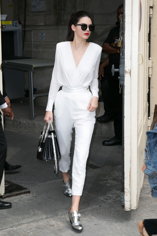 Bo suu tap jumpsuit an tuong cua Kendall Jenner hinh anh 2