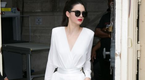 Bo suu tap jumpsuit an tuong cua Kendall Jenner hinh anh