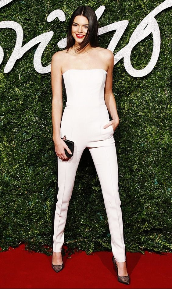 Thoi trang dao pho voi jumpsuit cua Kendall Jenner hinh anh 3