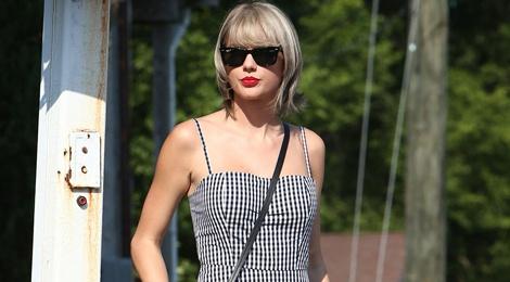 Bi quyet an gian tuoi voi ke caro cua Taylor Swift hinh anh