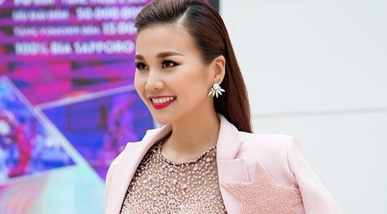 Bo suu tap blazer cua Thanh Hang hinh anh