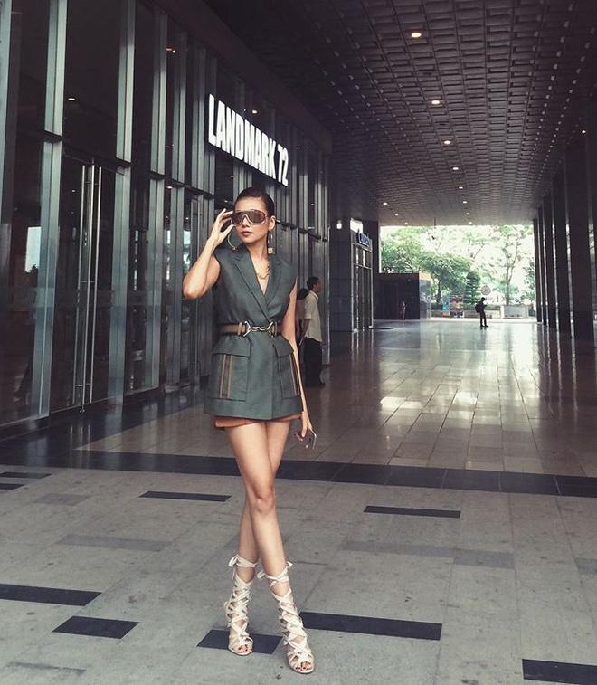 Bo suu tap blazer cua Thanh Hang hinh anh 6