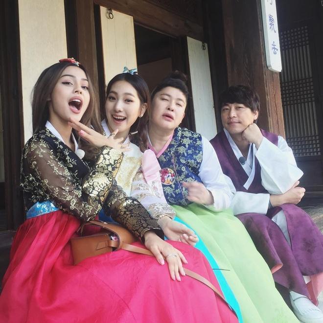 2016: Nam 'Han tien' thanh cong cua hot girl Lily Maymac hinh anh 4