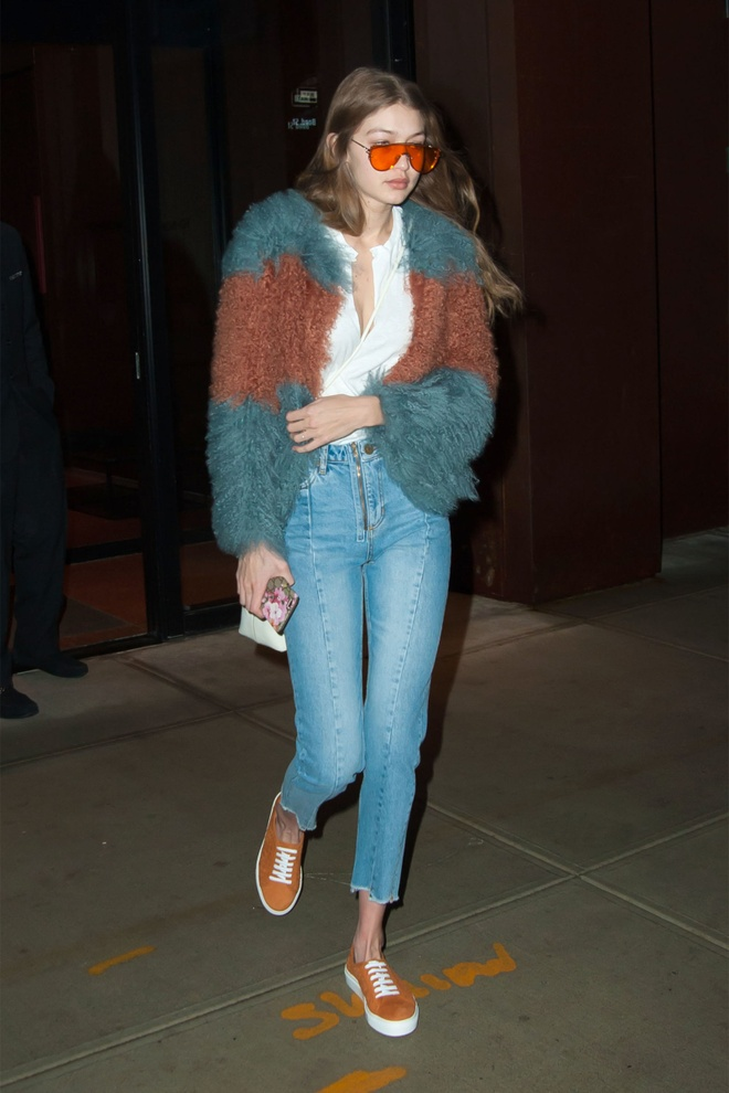 Gigi Hadid dien jean ong lung anh 3