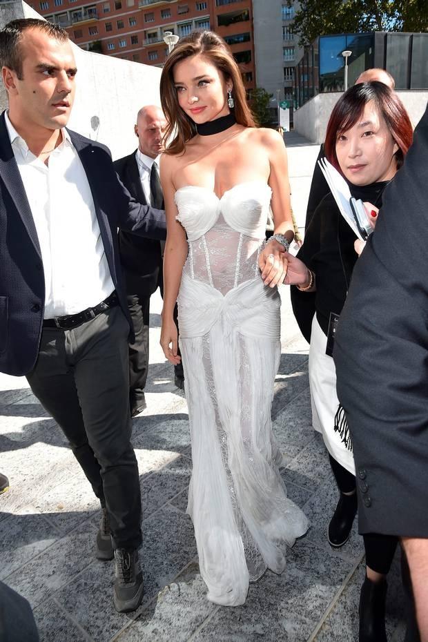 Miranda Kerr mac vay trang anh 5