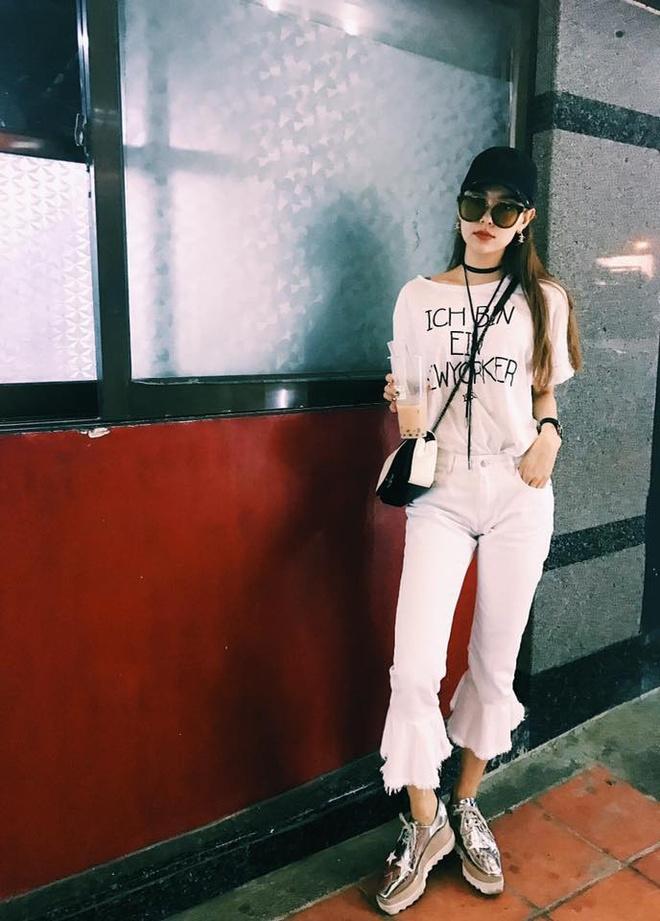 Minh Hang tich cuc lang xe mau jeans xe gau hinh anh 1