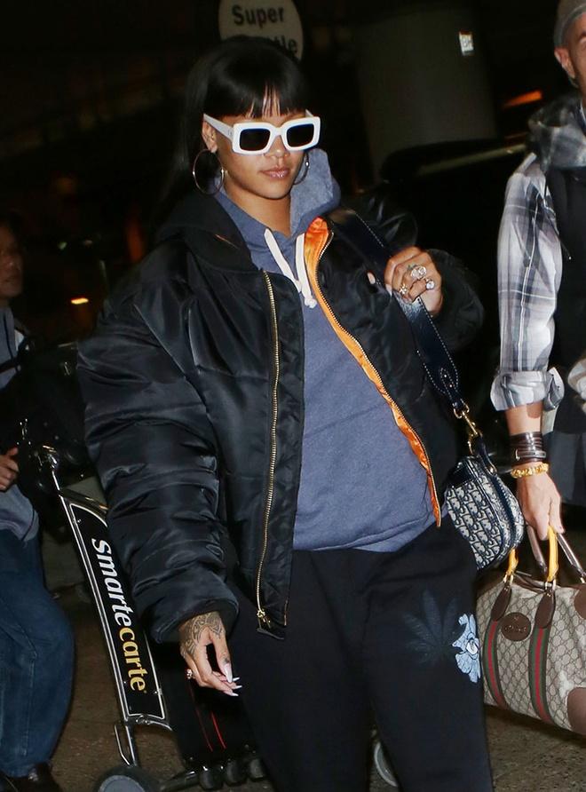 Gu thoi trang cua Rihanna anh 7