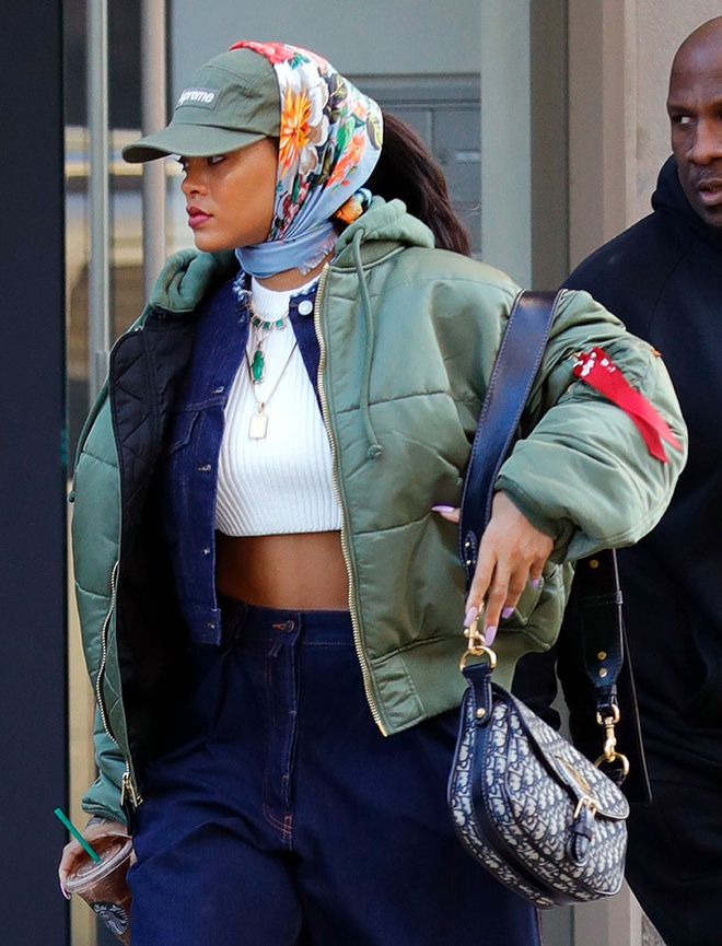 Gu thoi trang cua Rihanna anh 9