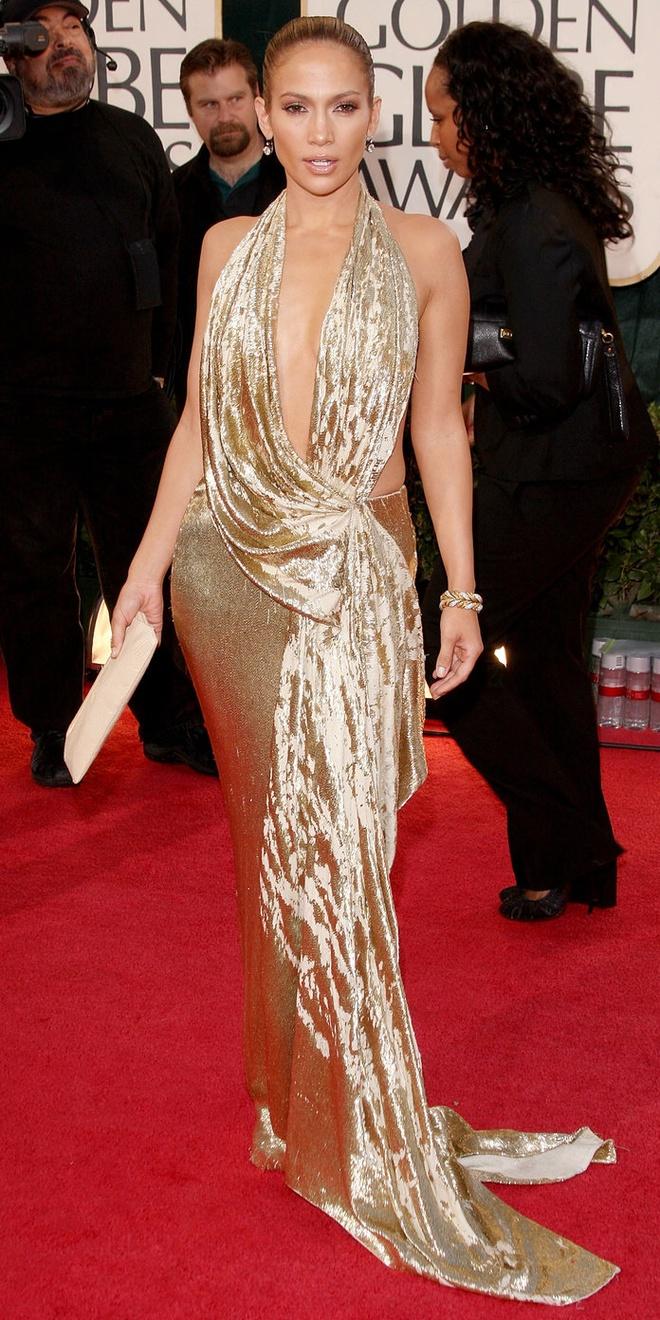 15 bo canh mac nhu khong mac cua Jennifer Lopez tren tham do hinh anh 13