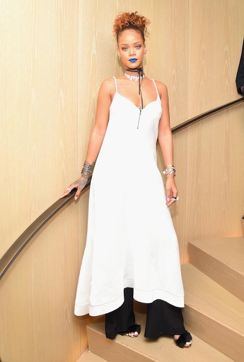 Rihanna khien fan ngan ngam vi gu an mac ngay cang te hinh anh 15