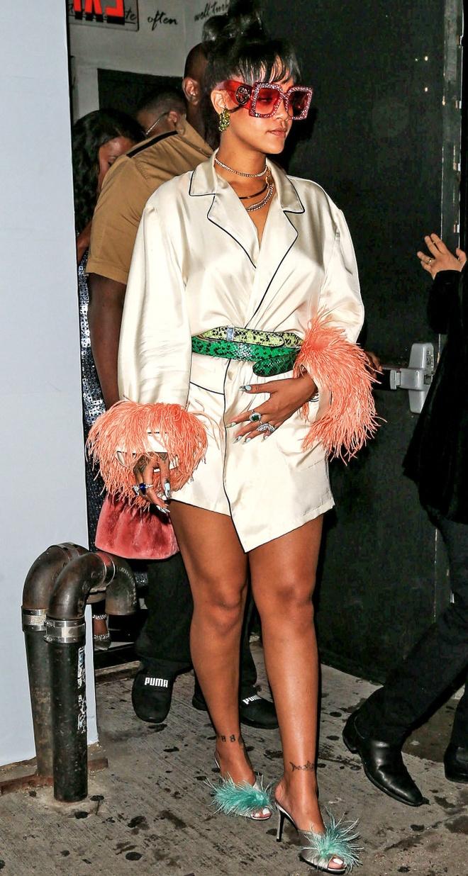 Rihanna khien fan ngan ngam vi gu an mac ngay cang te hinh anh 7