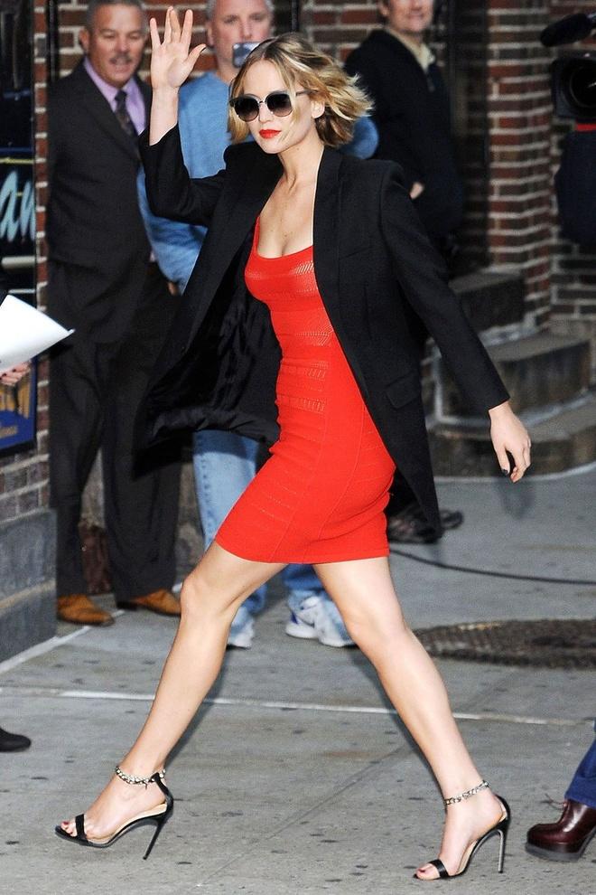 Gu thoi trang bat quy tac cua Jennifer Lawrence hinh anh 16
