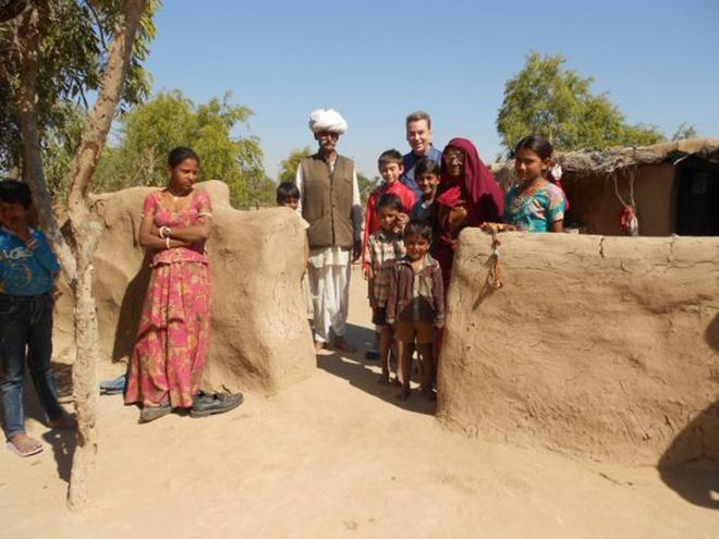 Người Bishnoi chỉ chặt những cành, cây khô làm chất đốt. Nếu không có đủ để dùng, họ gom phân bò, phơi khô để làm chất đốt. Họ không bao giờ chặt hạ những cây còn sống.