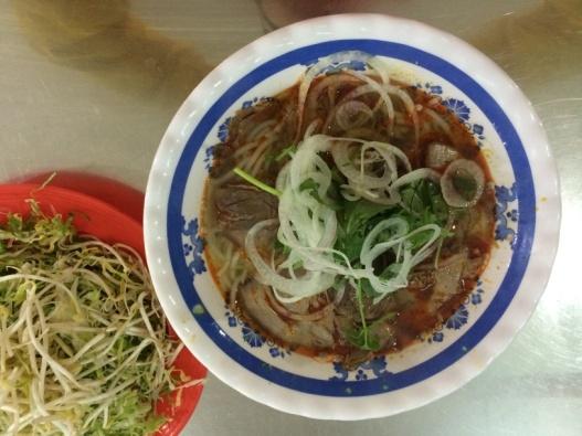 Say Da Lat nhu yeu thuo ban dau hinh anh 11 Bún bò huế Công - 1/1B Phù Đổng Thiên Vương