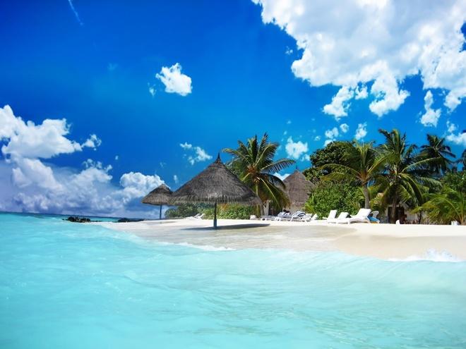 Phú Quốc luôn là điểm đến hấp dẫn du khách trong cả mùa hè và mùa đông. Ảnh phuquocesnsetravel.com