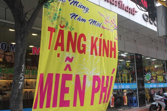 Sieu thi, cua hang Sai Gon o at xa hang Tet hinh anh 8