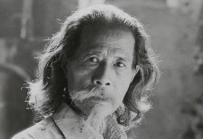 """Sach """"Van nghe & Khang chien qua ong kinh cua Tran Van Luu"""" anh 6"""