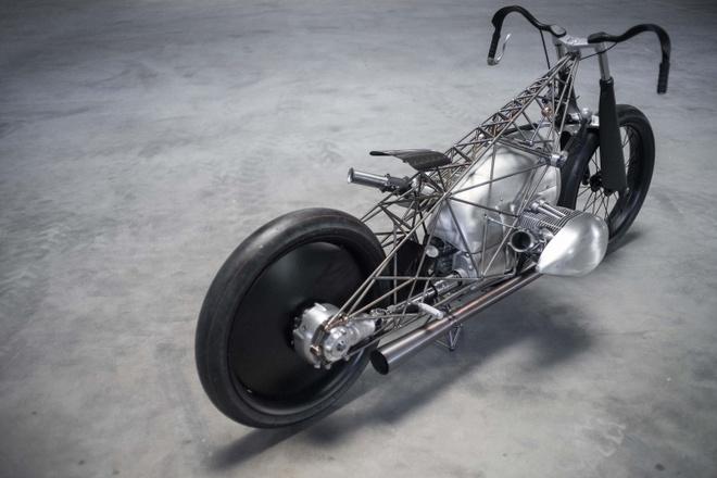 BMW gioi thieu dong co 'khung' 1800 cc cho xe moto hinh anh 5