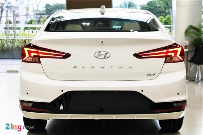 Hyundai Elantra 2019 tang gia, doi thiet ke, co luon ban the thao hinh anh 4