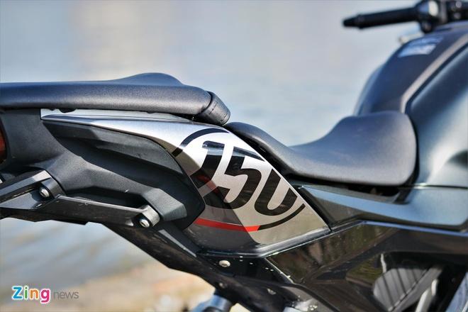 Danh gia kha nang van hanh trong pho cua Honda CB150R Exmotion hinh anh 19