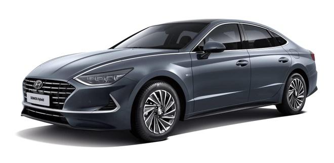 Hyundai Sonata Hybrid 2020 trang bi tam pin mat troi tren noc xe hinh anh 1
