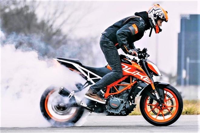 Doi hinh KTM 750 hop tac voi CFMoto sap ra mat - 6