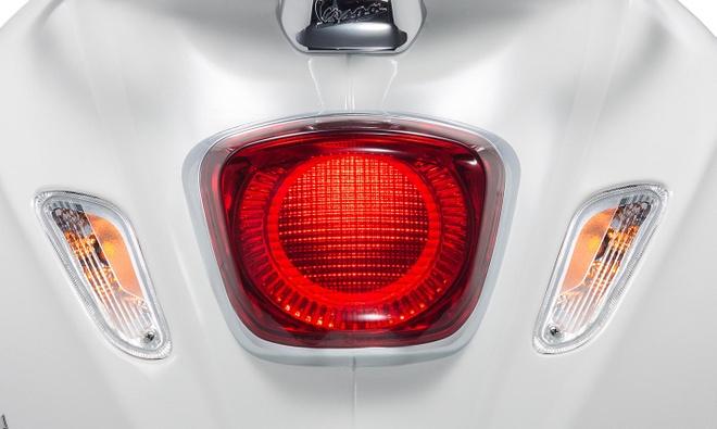 Vespa Sprint 2019 ra mat - trang bi den LED, gia tu 77,5 trieu dong hinh anh 2