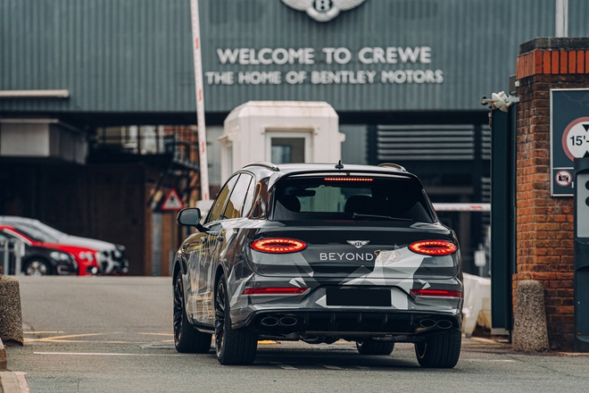 Lo hinh anh Bentley Bentayga Speed 2021 truoc ngay ra mat anh 2