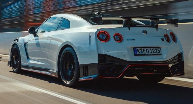 Sieu xe Nissan GT-R the he moi duoc trang bi dong co hybrid? anh 2