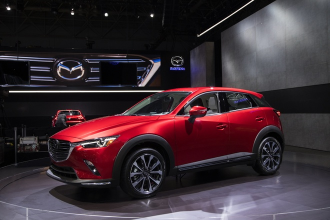 Mo ban Mazda CX-3 2021 - 2 phien ban,  gia tu 20.640 USD anh 1