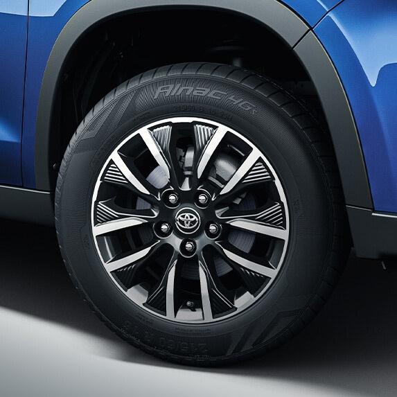 Toyota Urban Cruiser ra mat - dong co 1.5L,  co tuy chon hybrid anh 4
