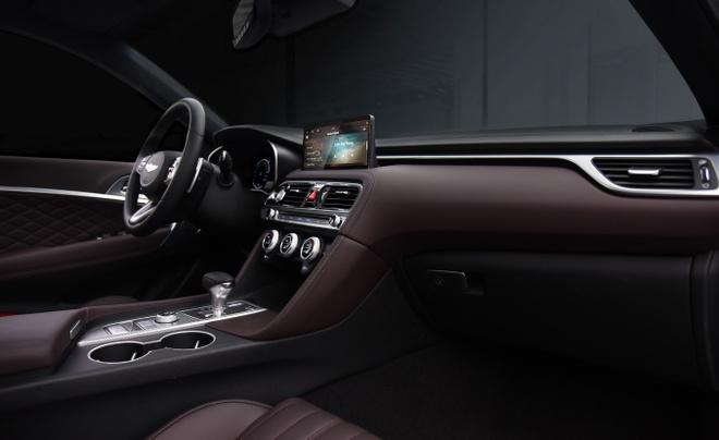 Genesis G70 2020 ra mat canh tranh voi Mercedes-Benz C-Class anh 3