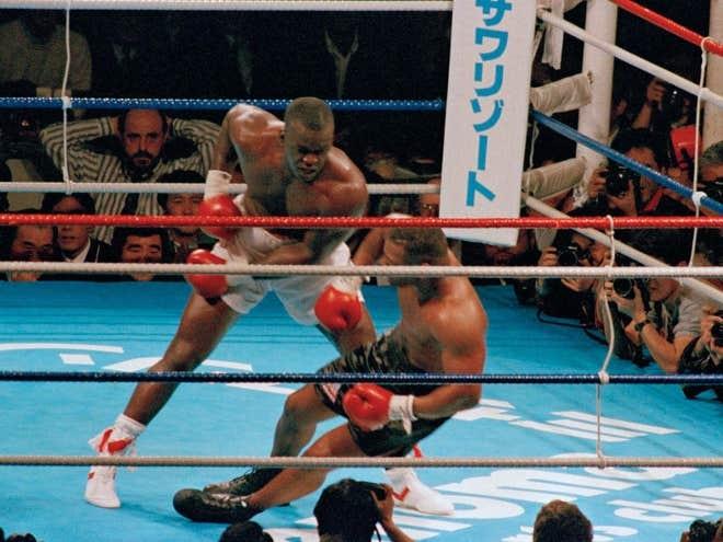 'Tay dam thep' Tyson va nhung tran dau toi te nhat hinh anh 2 AP.jpg