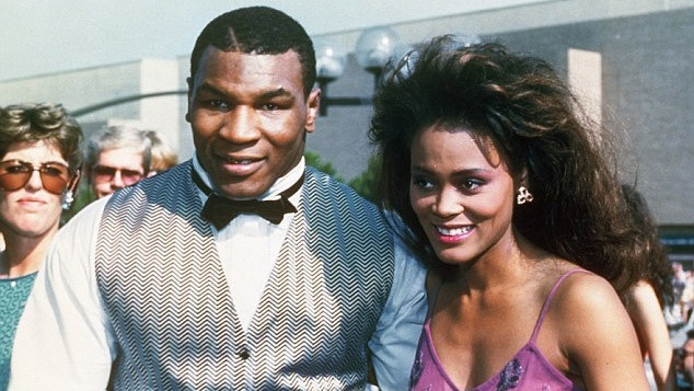 Mike Tyson va cuoc hon nhan day toan tinh hinh anh 1 rb.jpg
