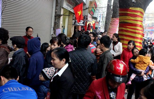 Vang 'Chay Hang' Ngay Via Than Tai Hinh Anh 10