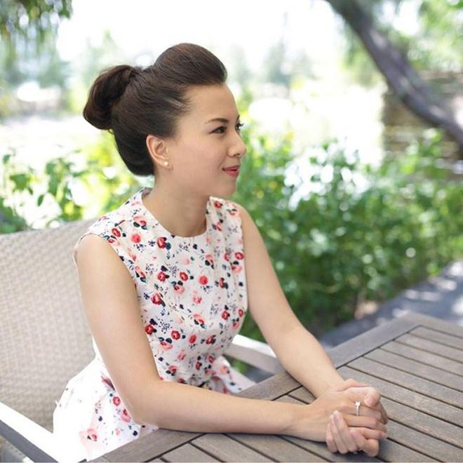 Nhung ai nu tai sac nha dai gia Viet hinh anh 5 Chồng của Phạm Vân Anh cũng là một trong những lãnh đạo cao cấp trẻ tuổi nhất của Vietinbank khi giữ chức giám đốc chi nhánh Đống Đa. Ảnh: FBNV.