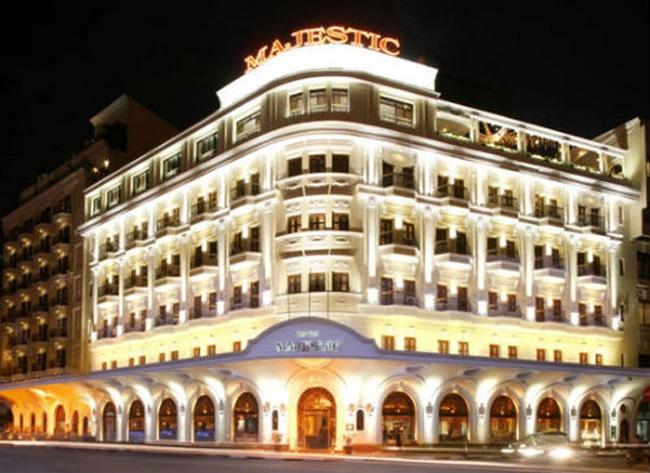 Nhung nguoi Viet giau nhat the ky 20 hinh anh 5 Khách sạn Majetic là một trong những công trình từng thuộc sở hữu của đại gia bất động sản Hứa Bổn Hòa.