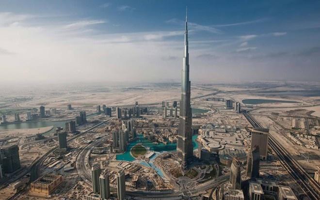 Rac roi cua toa nha cao nhat the gioi - Burj Khalifa hinh anh 1 Burj Khalifa đã có 6 năm giữ ngôi vị tòa nhà cao nhất thế giới. Ảnh: Burj Khalifa.