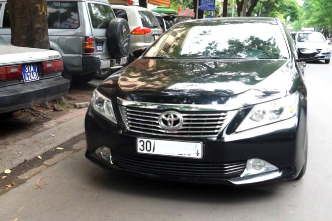 Cuoc xe 6.000 dong bang Mercedes E250 hinh anh 2 Những chiếc Carmy như thế này được sử dụng cho dịch vụ taxi trực tuyến khá phổ biến.  Ảnh: Duy Hiếu.