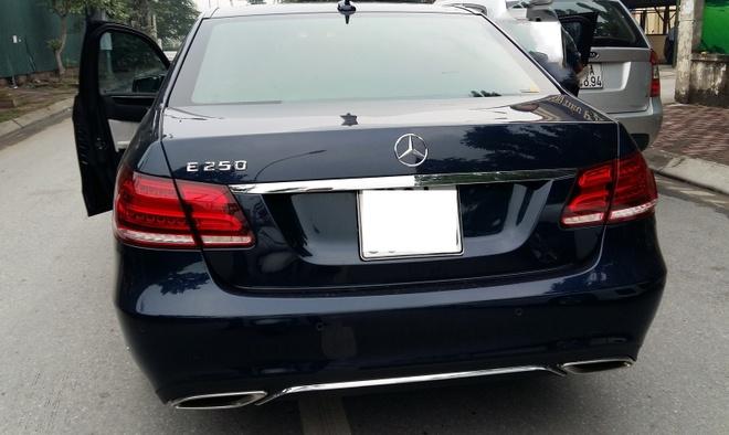 Cuoc xe 6.000 dong bang Mercedes E250 hinh anh 1 Những chiếc xe trị giá hàng tỷ đồng cũng tham gia chạy taxi siêu rẻ.  Ảnh minh họa: Hoàng Hà.