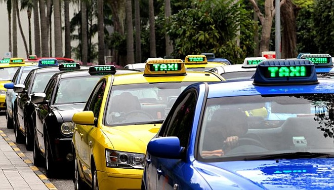 Nhung nghich ly ve cuoc taxi Viet Nam hinh anh