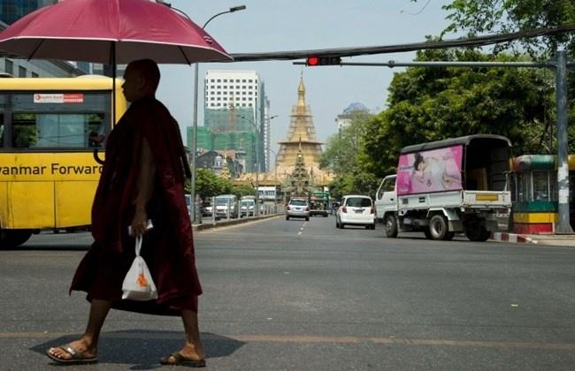 Bao ngoai dua tin Viettel duoc mo mang di dong o Myanmar hinh anh 1