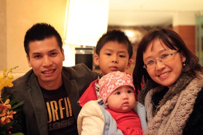 Nu PGS tre xinh dep ho Nguyen Lan: 'Toi la nguoi may man' hinh anh 3