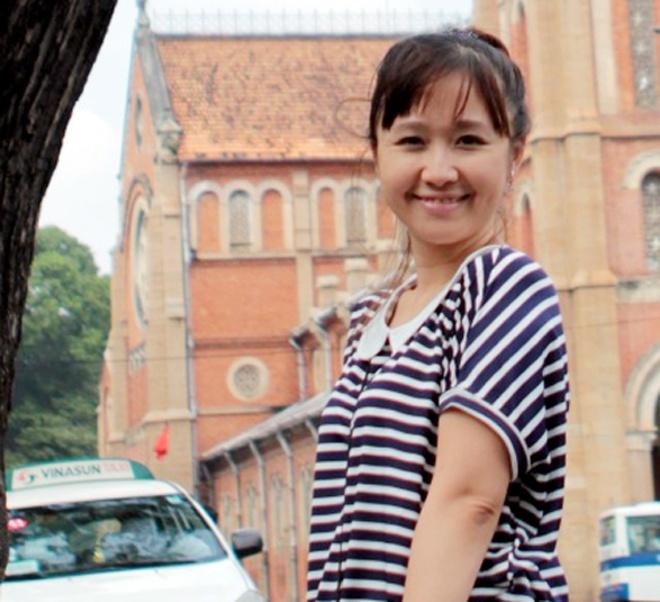 Nu PGS tre xinh dep ho Nguyen Lan: 'Toi la nguoi may man' hinh anh 2