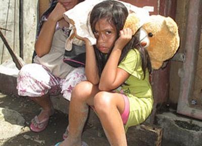 Teen Ams quyen gop vi nan nhan bao Haiyan o Phillippines hinh anh