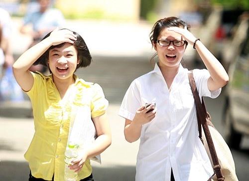 HV Buu chinh vien thong mien hoc phi cho thi sinh 27 diem hinh anh